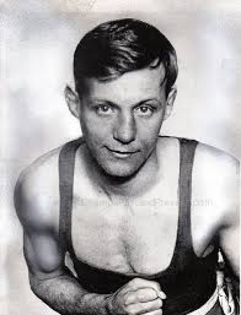 Jimmy Wilde is the former flyweight champion and the first flyweight champion in boxing history.Also, Wilde owns the distinction as the boxer with the longest ever unbeaten streak to start a career with a starting mark of 93 wins and zero losses.