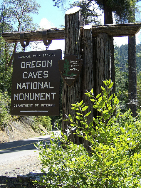 Entry to the Oregon Caves National Monument along the road
