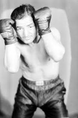 Former featherweight world champion Kid Kaplan was inducted into the International Boxing Hall of Fame in 2003.