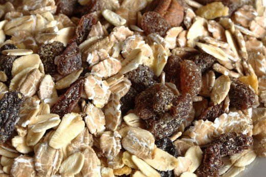The combination of rolled oats, dried fruit, nuts and fresh fruit become soft, creamy and highly palatable after soaking overnight in various types of milk and other liquids before serving warm or cold.