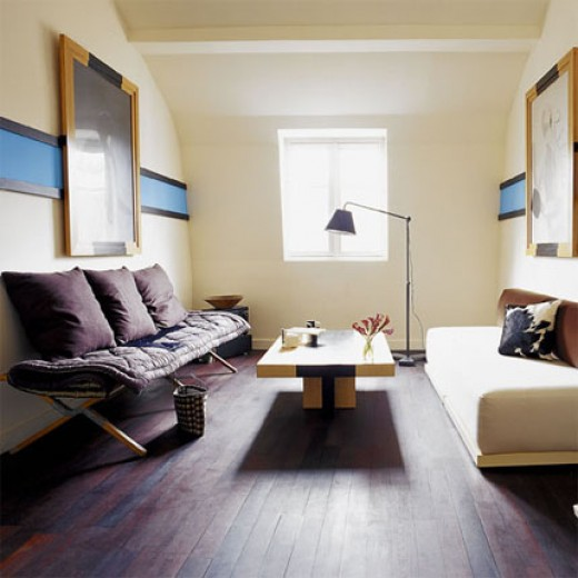 Decorating a small living room how to create more space - How to decorate a small living room space ...