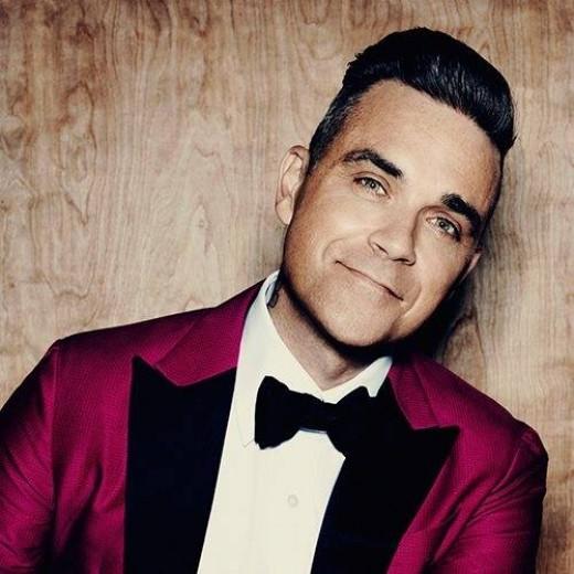 Robbie Williams received British Icon Award