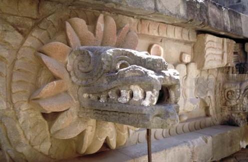 Sculpture of Quetzalcoatl in Teotihuacan.