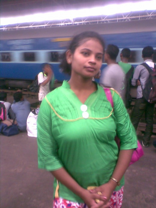 Chandana at Howrah station