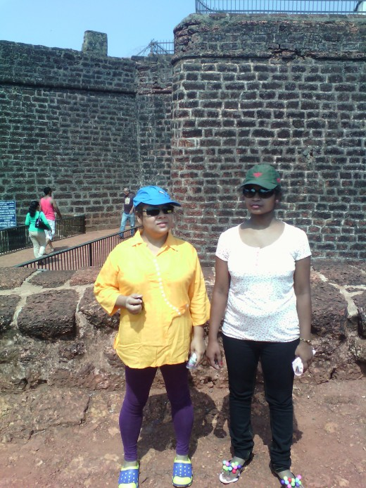 Papu, Chandana at Aguada Fort
