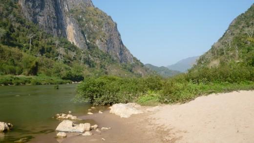 Nong Kiaow ou river bank view