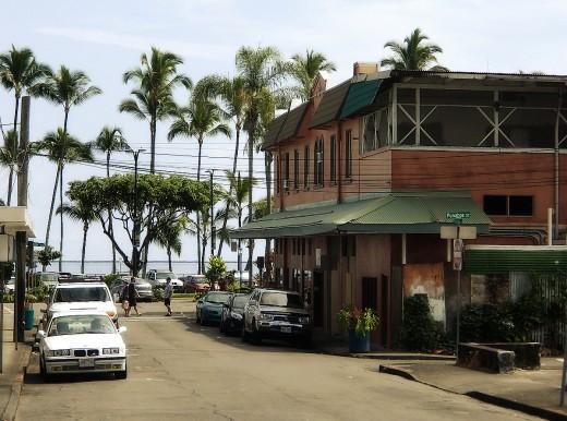 Furneaux street in downtown Hilo.