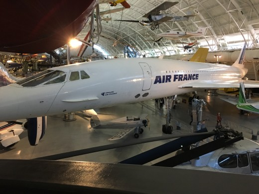 Yes, that is the Concord. When it was retired from service Air France donated one of these iconic planes to the Air and Space Museum.
