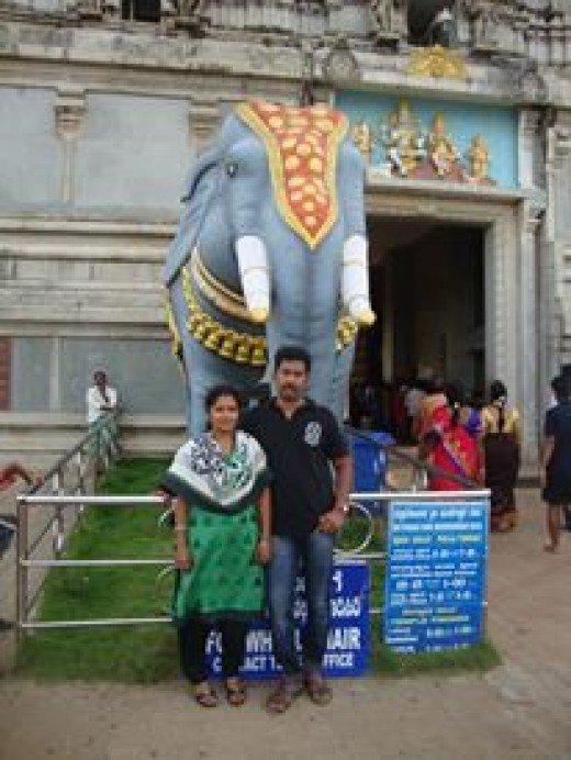 Sunil Kunnoth with his wife Kavitha