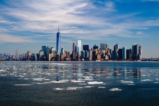 New York is one of the most famous metropolises in the world and the USA's most densely populated major city.  A vibrant and cosmopolitan place, NYC is famous for its restaurants which draw in food styles from around the world.