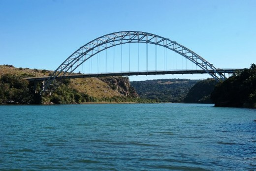Umtavuna River Bridge - the CH Mitchell Bridge - entrance to the Eastern Cape Province