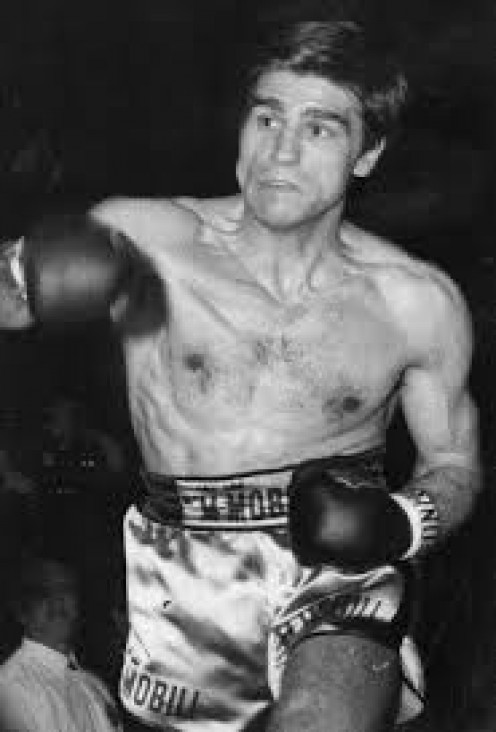 Nino Benvenuti not only won world titles as a pro, as an amateur he won a Gold Medal in the 1960 Olympics.