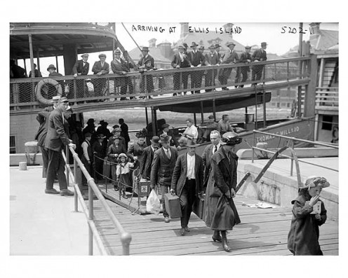 Immigrants coming to Ellis Island, New York in 1911.