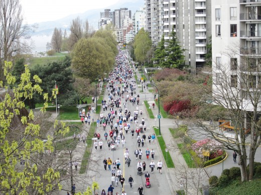 A view of run participants from the Burrard Bridge