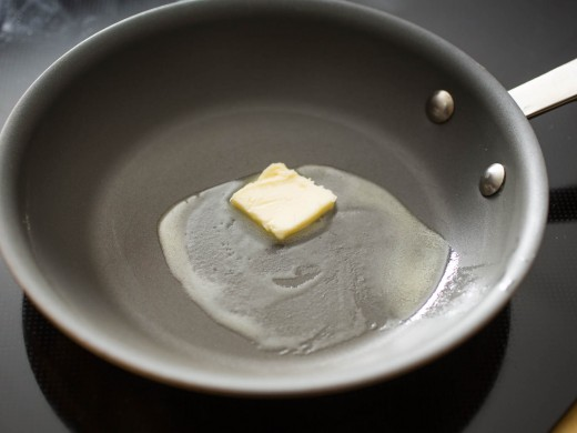 Heat oil and butter in a pan