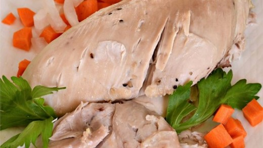 Boiled chicken and carrots