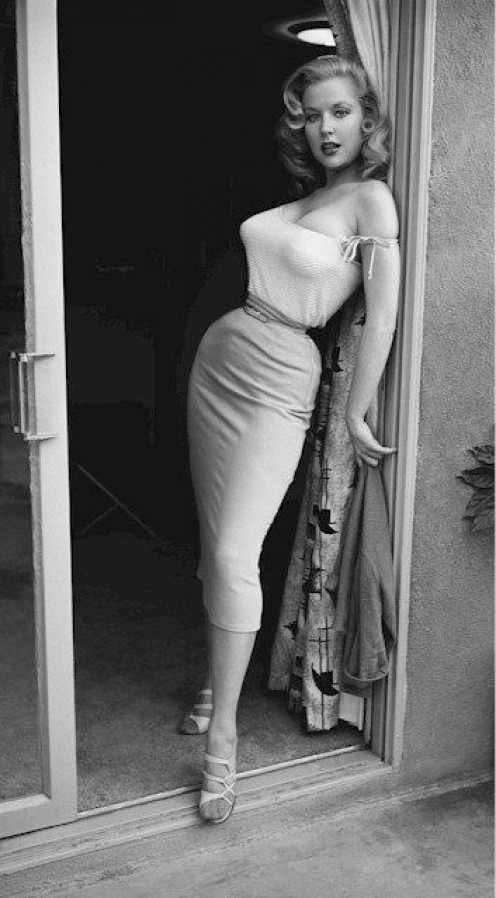 1950s glamour girl and pin-up  Betty Brosmer
