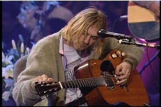 Kurt Cobain And The Martin D-18E Guitar ~ The Flatpicking ...