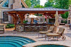 Getting Outside with an Outdoor Kitchen