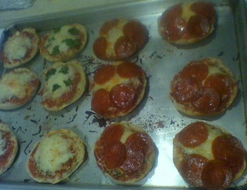 A tray of mini English Muffin Pizzas