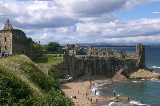 Coastalview over the ruins of St Andrews castle