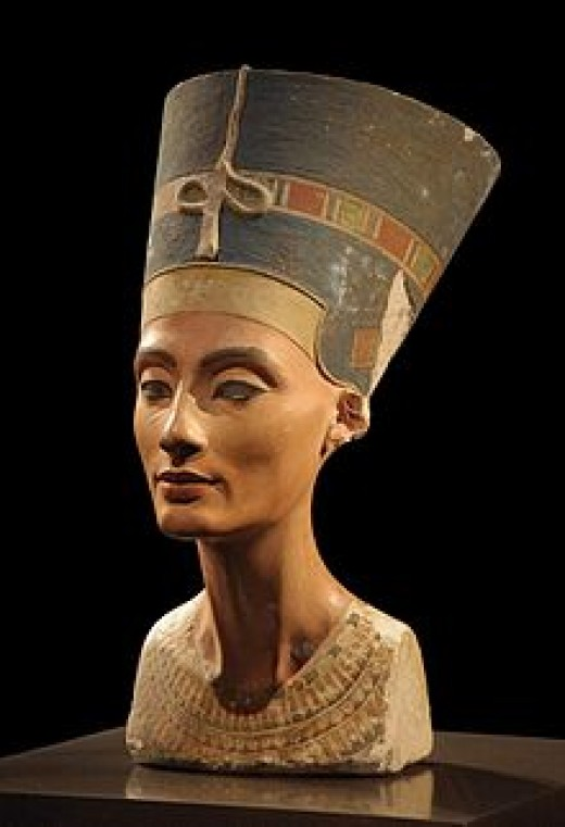 The bust of Nefertiti from the Ägyptisches Museum Berlin collection, presently in the Neues Museum.