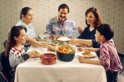 Guide to Family Conversations on Negative Media Messages