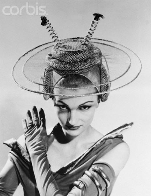 This whimsical hat reflects the Atomic Age.