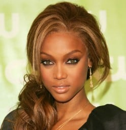Tyra Banks' eyebrows beautifully frame her face