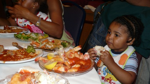 Dante knows what to do with a good, fresh crab leg.