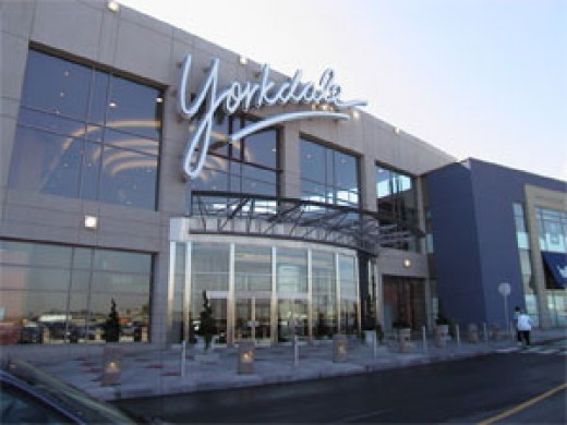 Yorkdale mall Toronto Vacation