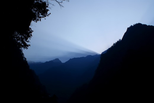 Before sunrise, on the way to Yamunotri.