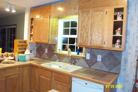 Finished out countertop and backsplash