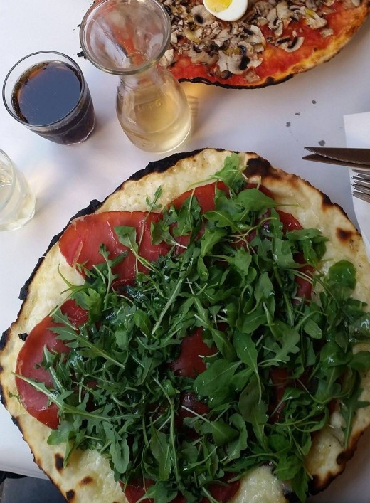 Rome style thin crust Pizza Rucola and Bresaola