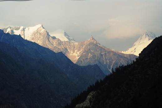 Himalayan splendor : as seen from Gangotri