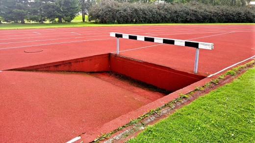 In the steeplechase, runners have to cover seven and a half laps around the track, while conquering twenty eight barriers and seven water jumps!