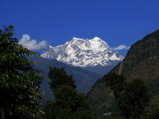 Himalayan splendor 2: The majestic peak Chowkhamba