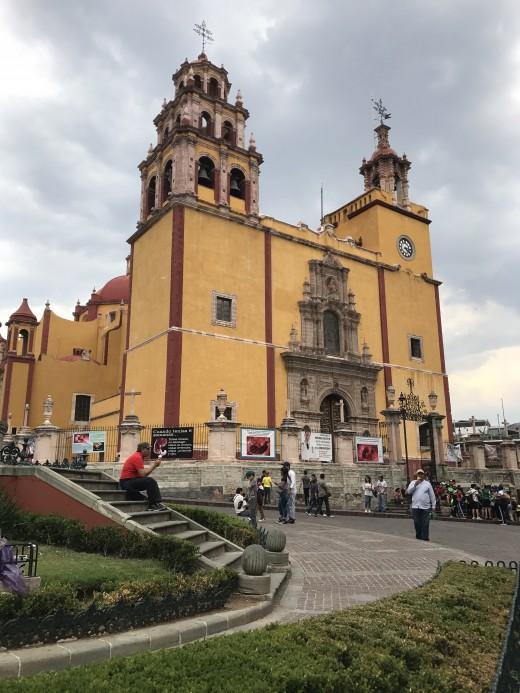 La Basilica (Exterior)