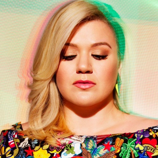 One of our fave pop singers- Kelly Clarkson.