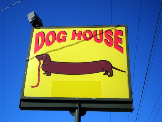 This popular Albuquerque eatery still serves hot dogs, photo by author