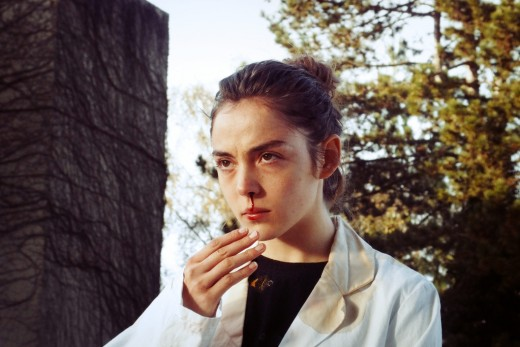 Garance Marillier as Justine.