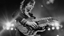 Top 10 Greatest Electric Guitarists