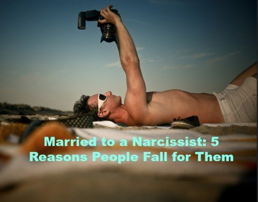 A narcissistic can be very appealing at the beginning of a relationship. They're charismatic, charming, and confident.