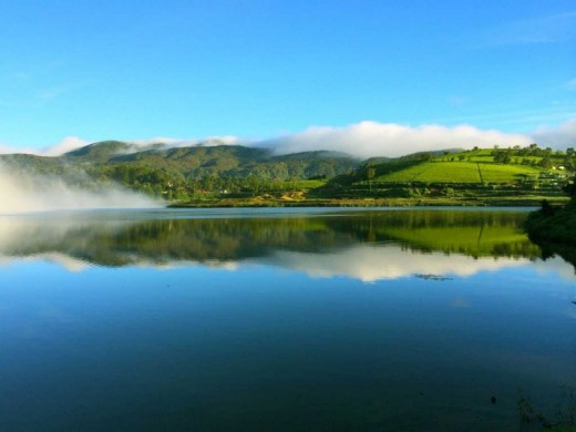 Lake Gregory was constructed during the period of British Governor Sir William Gregory in 1873.