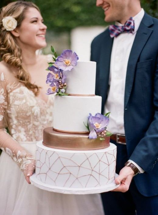 Modern garden wedding inspiration to a whole new level, with a dreamy palette of lavender purple and copper!