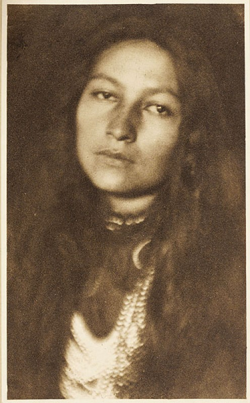 Zitkala-Sa, portrayed by Joseph Keiley, b.1869 - 1914, published in Camera Notes Vol. 5 No. 1, 1901, 9.5 x 16 cm Photogravure
