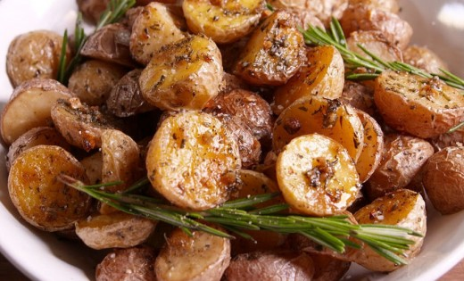 Vegan Breakfast Recipes - Rosemary Potatoes
