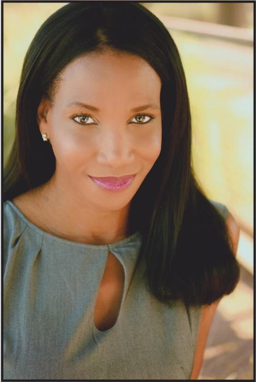 Promo Pic Author Emunah La-Paz