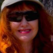 GarnetBird profile image