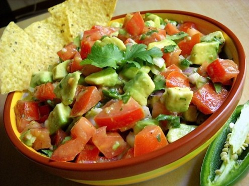 Guacamole Side Salad Adds Just the Right Flare